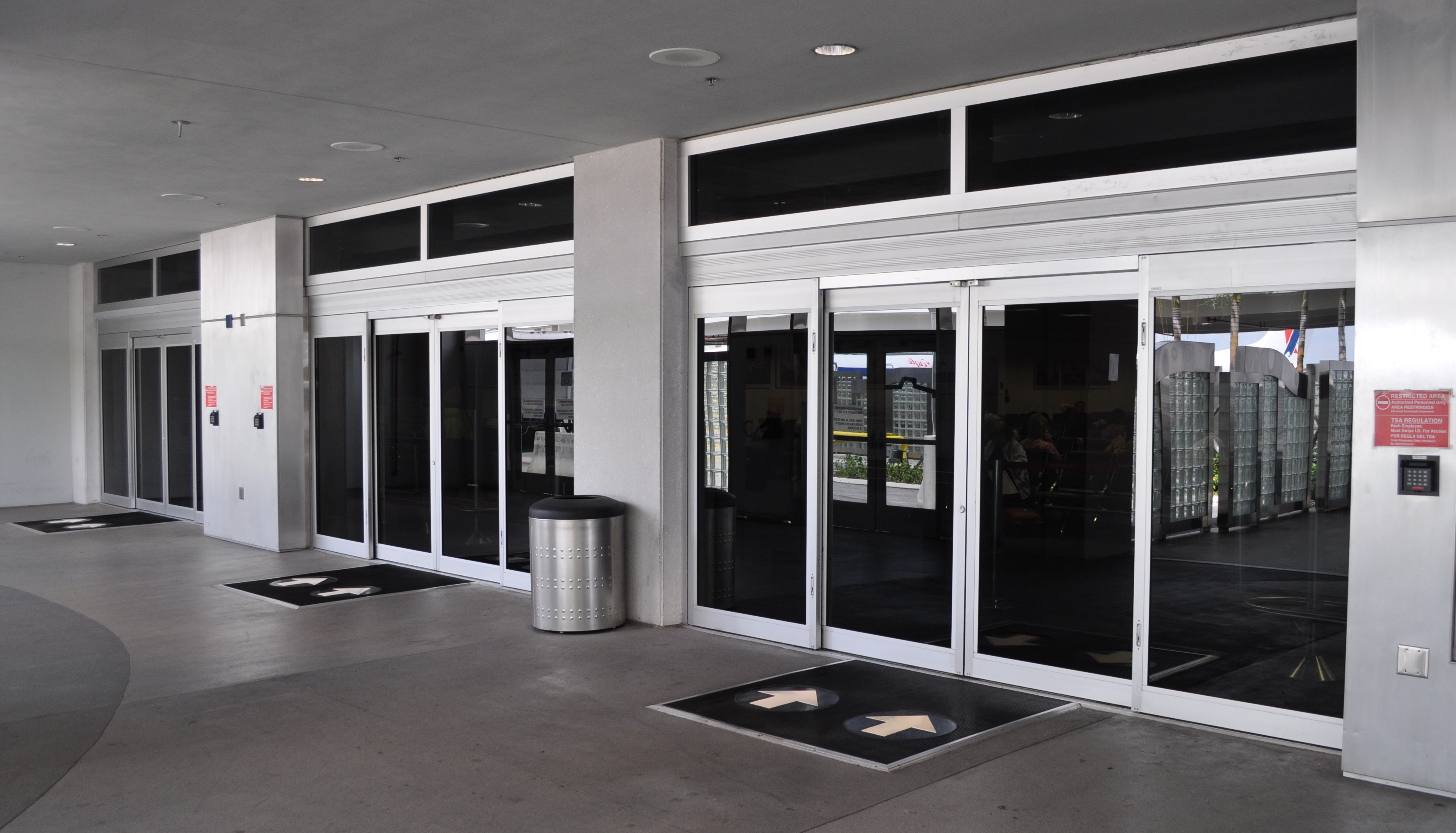 Automatic doors archives dash door for Entrance doors