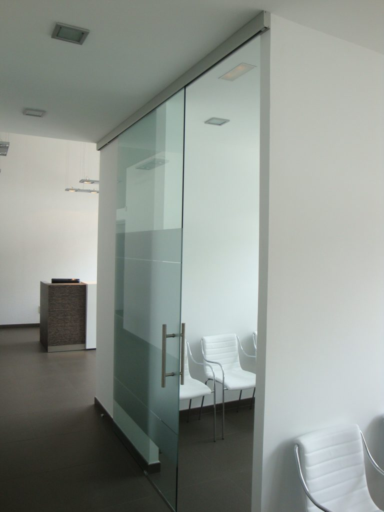 Unikglass Unikself Single Glass Barn Door Dash Door