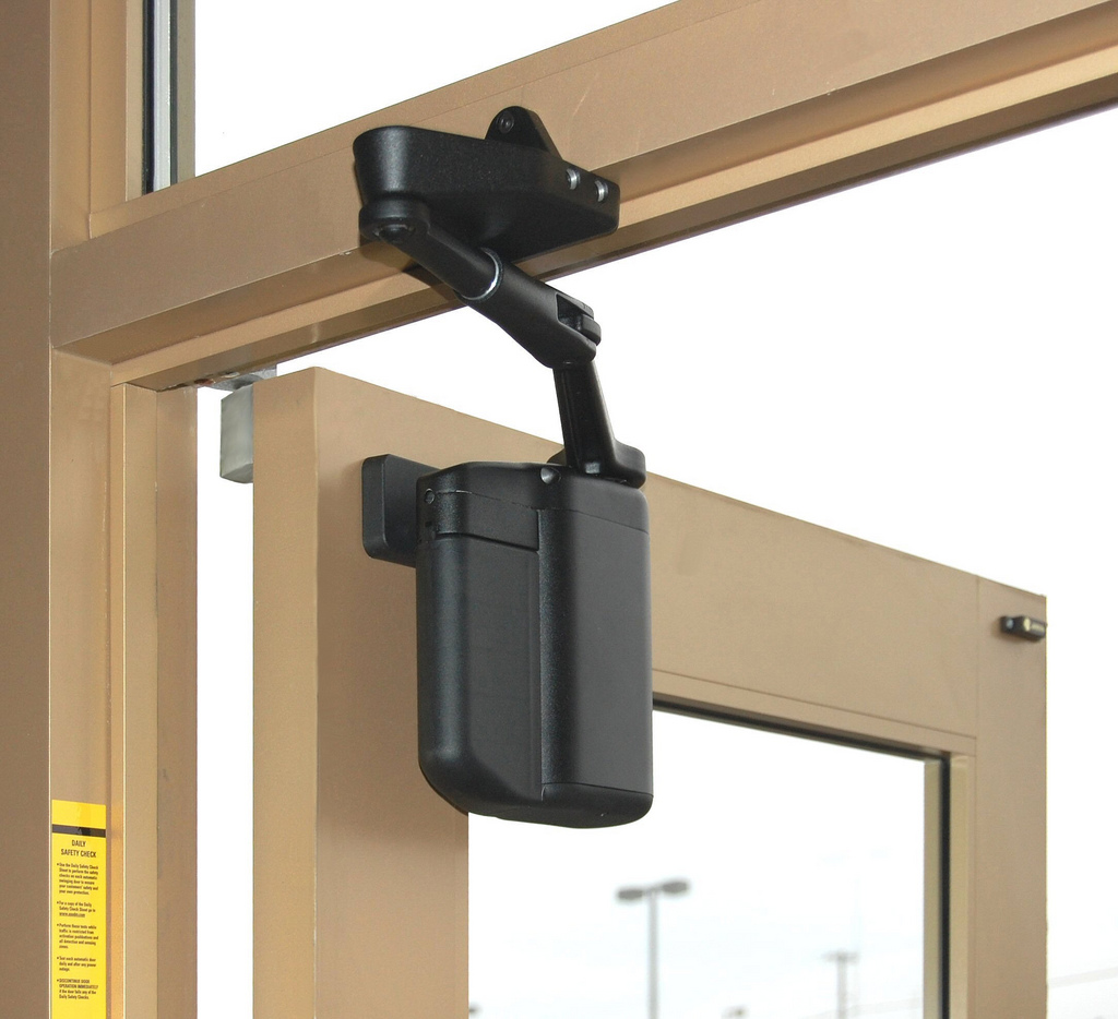 Photo Gallery & ADA EZ Wireless Door Opener - Dash Door