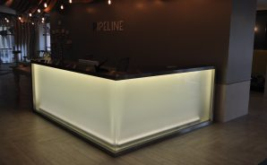 Custom reception desk - Pipeline